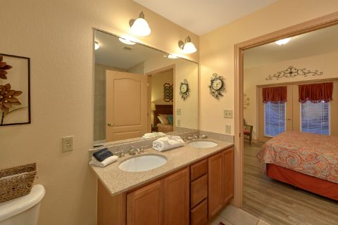 Premium Condo with Private Bathroom - Mountain View 5102