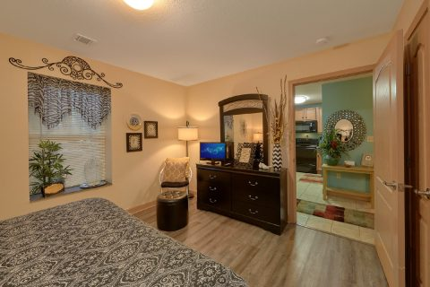 Luxury 2 Bedroom Condo with King Bed - Mountain View 5102
