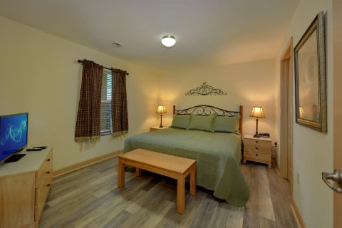 2 Bedroom Condo with 2 King Beds Sleeps 6 - Mountain View 5706