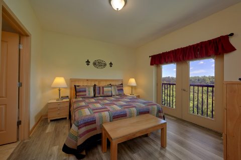2 Bedroom Condo with Master Bedroom - Mountain View 5706