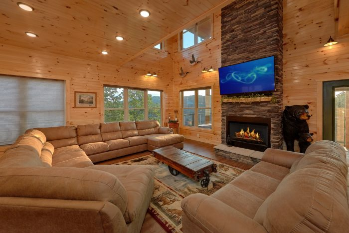 8 Bedroom Cabin in Smoky Mountain Ridge Resort - Mountain View Pool Lodge