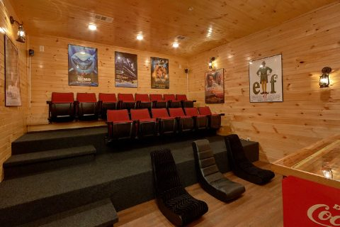 8 Bedroom Pool Cabin with a Theater Room - Mountain View Pool Lodge