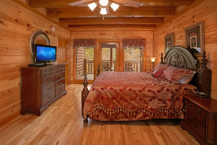 8 Bedroom Cabin Sleeps 24 in Pigeon Forge - Grand Theater Lodge