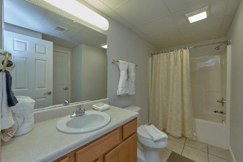 3 Full Bath Rooms 3 Bedroom Condo - My Pigeon Forge Retreat