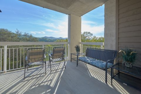 Deck with Views 3 Bedroom Condo - My Pigeon Forge Retreat