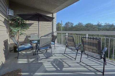 Outdoor Dining with Views 3 Bedroom - My Pigeon Forge Retreat