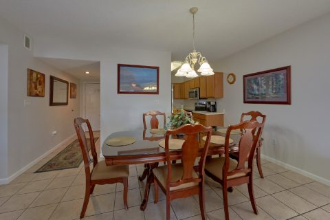 Large Open Dining Room 3 Bedroom Condo - My Pigeon Forge Retreat