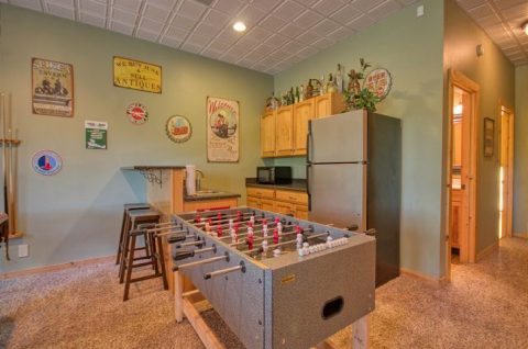Game Room with Foos Ball and Arcade Game - Mystic Ridge