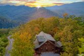 Spectacular 5 Bedroom Cabin Sleeps 20 with View