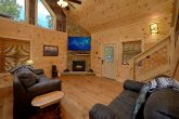 Luxury cabin with Fireplace in living room