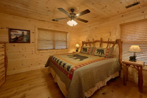 Premium cabin with 2 Master Suites - Mystical Mornings