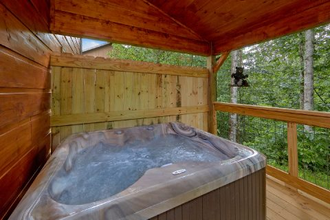 Premium Gatlinburg cabin with private hot tub - Mystical Mornings
