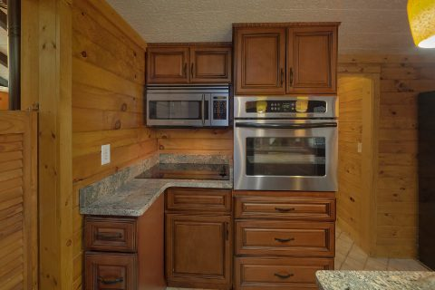 Smoky Mountain 2 Bedroom Cabin with Full Kitchen - Nana's Place