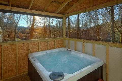 2 Bedroom Cabin with Hot Tub in Pigeon Forge - Nana's Place