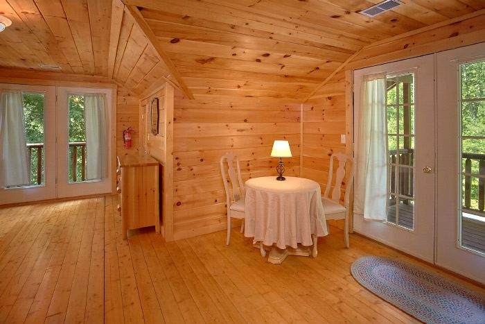 Cabin with King Suite and Private balcony - Natures Dream
