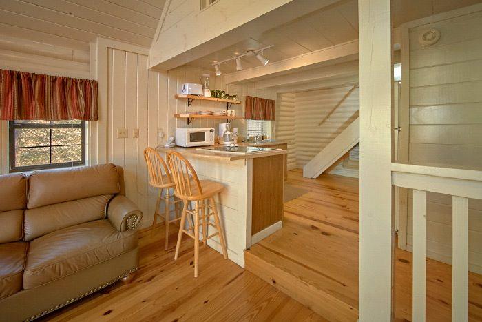 Honeymoon cabin with kitchen - Nikhia's Loft