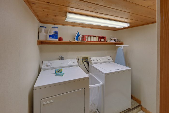 Rustic cabin with 2 baths and washer and dryer - Oakland #1