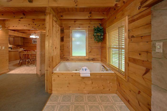 Rustic Gatlinburg Cabin with Loft and 3 Bedrooms - Oakland #1