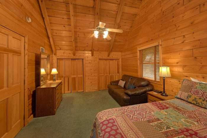 Cabin in Gatlinburg with Hot Tub and Wooded View - Oakland #1