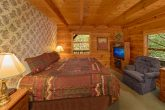 Private Gatlinburg Cabin with 3 queen beds
