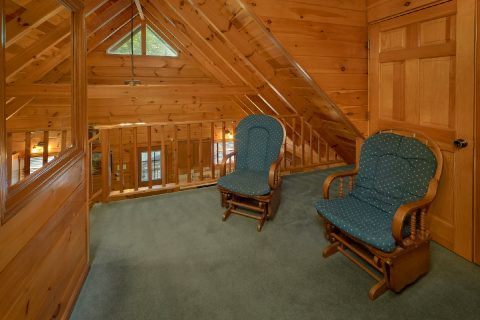 Cabin with loft, 2 bedrooms and Jacuzzi tub - Oakland #3