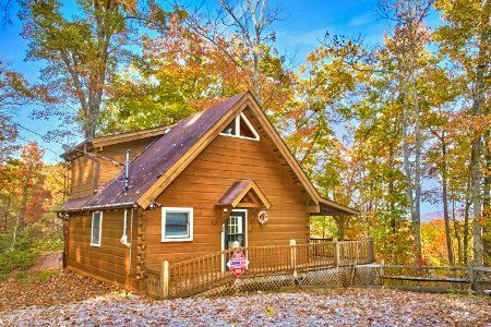 Beautiful Getaway: 2 Bedroom Sevierville Cabin Rental