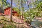7 Bedroom cabin located on the creek