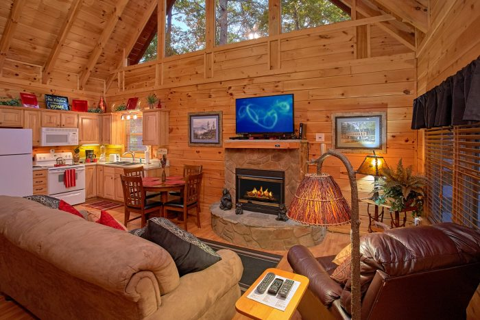 1 Bedroom Cabin in Pigeon Forge Near Dollywood - Our Happy Place