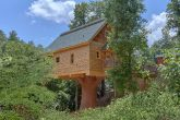 Treehouse Style Luxury Cabin in Pigeon Forge