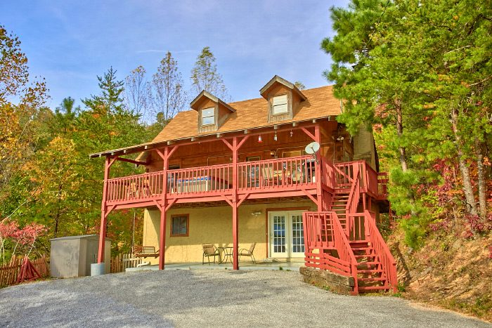 Owl's Mountain View Cabin Rental Photo
