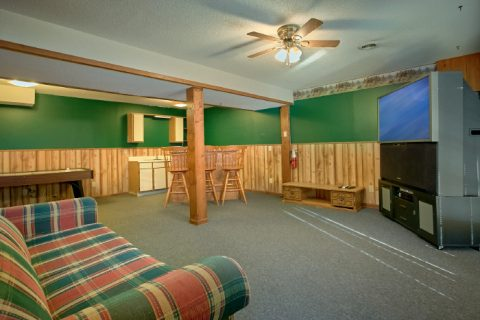 3 Bedroom Cabin with Game Room and Air Hockey - Owl's Mountain View