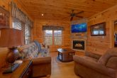 1 Bedroom 2 Bath Cabin Sleeps 8 In Gatlinburg