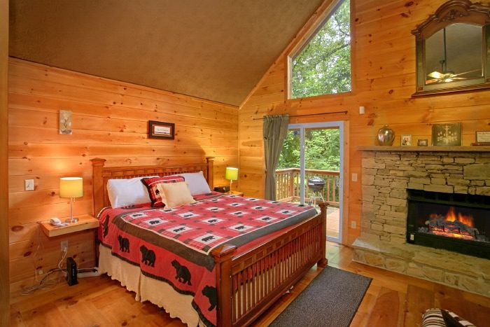 Honeymoon Cabin with King Master Suite - Passion Pointe