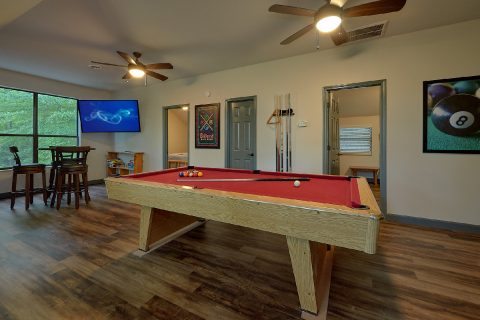 6 Bedroom with Pool Table and Indoor Pool - Patriots Point Retreat
