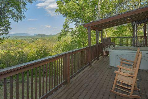 6 Bedroom with Views Sleeps 17 - Patriots Point Retreat