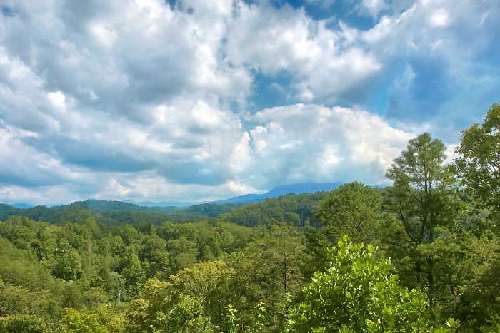 Private Cabin with Views of the Smoky Mountains - Peek A View