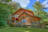 2 Bedroom Cabin close to Pigeon Forge