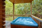 Private 2 Bedroom cabin with Private Hot Tub