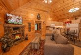 2 bedroom cabin Living Room with Fireplace