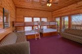 Premium Cabin with 6 Bedrooms and Bunk Beds