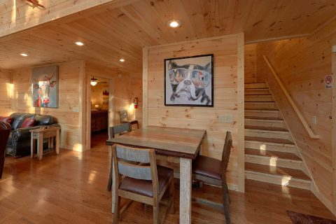 Brand New 2 Bedroom Cabin with Indoor Pool - Pool N Around
