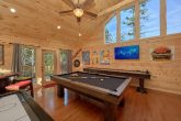 2 Bedroom Cabin Sleeps 6 Large Game Room