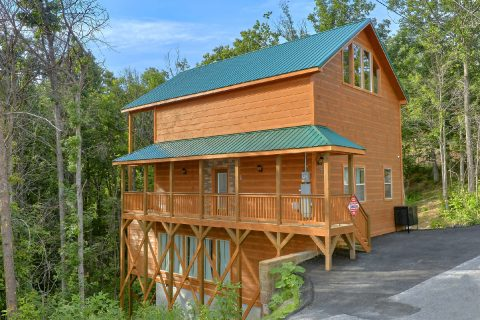 2 Bedroom 3 Story Indoor Pool Cabin Sleeps 6 - Pool N Around