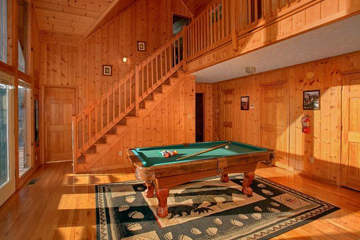 Pool Table Game Room 6 Bedroom Cabin Sleeps 16 - Poolside Lodge 2