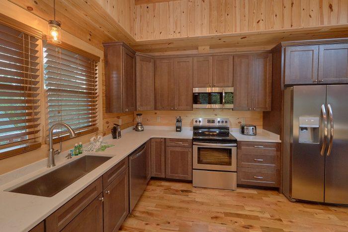 Property Photo - Poolside Lodge