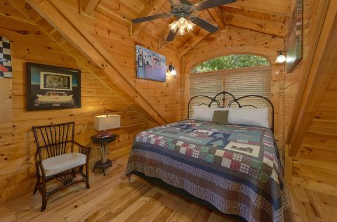 6 Bedroom 5.5 Bath Sleeps 26 in Alpine Village - Quiet Oak