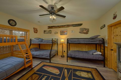 6 Bedroom 5.5 Bat Kids Room Sleeps 26 - Quiet Oak
