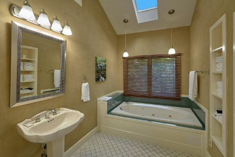 Master Bathroom with Jacuzzi - Quiet Time