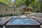 3 Bedroom in Gatlinburg with Large Hot Tub