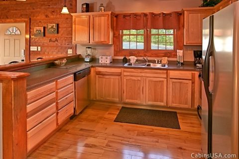 Spacious Fully Furnished Kitchen - Beckham's Bungalow